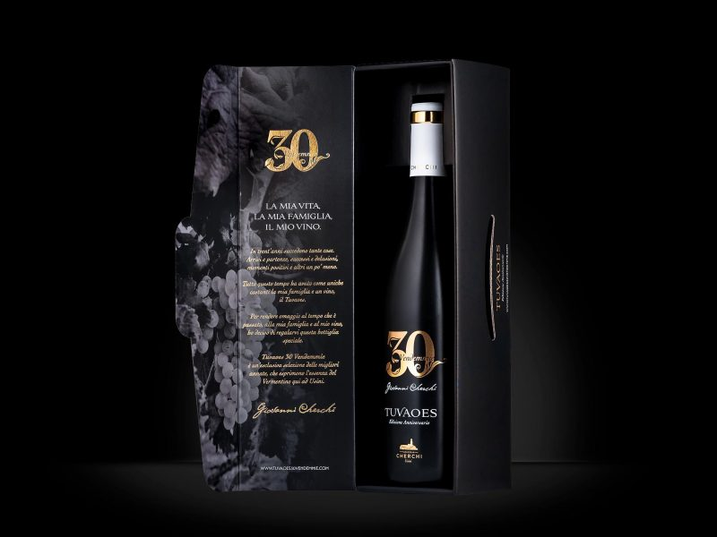 Packaging astuccio vino Tuvaoes 30 Vendemmie